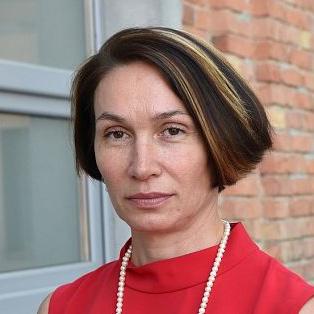 Mrs. Ļubova Švecova